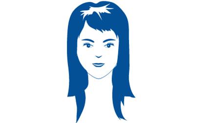 Auch übermäßiges Stylen kann zu Haarausfall führen