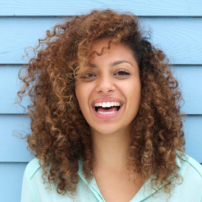 Natürliche Kräuter und Inhaltsstoffe die den Haarwuchs fördern