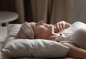 Ändern Sie Ihren Lebensstil, um Stress und Schlaf zu kontrollieren.