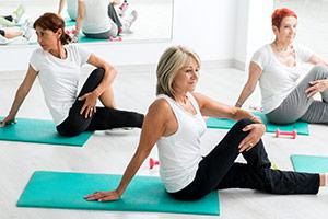 Praktizieren Sie Yoga und Meditation als Achtsamkeitsübung